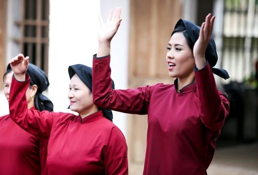 Nguyễn Thị Loan đang có vẻ rất 'cao hứng'!? - Tin sao Viet - Tin tuc sao Viet - Scandal sao Viet - Tin tuc cua Sao - Tin cua Sao
