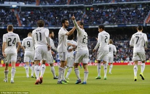 Chung cuộc, Real giành chiến thắng 2-0. Kết quả này giúp thầy trò HLV Carlo Ancelotti tạm quên đi thất bại trong trận derby thành Madrid, đồng thời củng cố ngôi đầu bảng trước sự bám đuổi của Barca và Atletico.