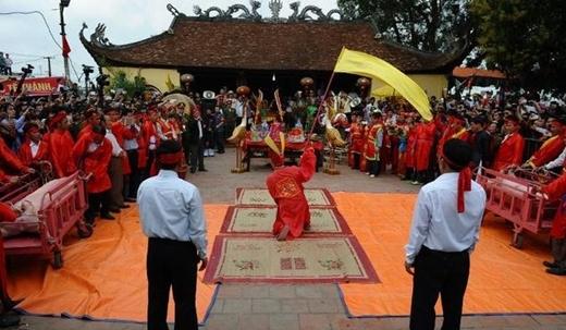 Lễ hội Chém Lợn ở làng Ném Thượng ở huyện Tiên Du tỉnh Bắc Ninh