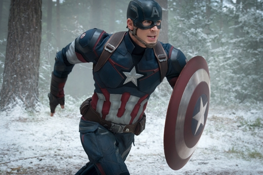 Captain America vẫn do Chris Evans đóng.