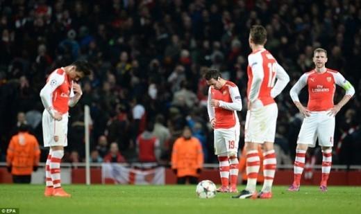 Với trận thua sốc trên sân nhà, Arsenal đối mặt với nguy cơ lần thứ 5 liên tiếp bị gạch tên khỏi vòng 1/8 Champions League. Trận lượt về giữa hai đội diễn ra lúc 2h45 ngày 18/3 trên sân của Monaco.