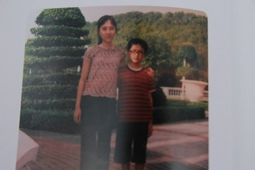 Hình ảnh thời thơ ấu của Hương Giang - thời cô vẫn là một câu bé mang tên Ngọc Hiếu. - Tin sao Viet - Tin tuc sao Viet - Scandal sao Viet - Tin tuc cua Sao - Tin cua Sao