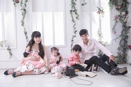 Gia đình Lý Hải - Minh Hà được xem như mái ấm hoàn hảo của làng giải trí. - Tin sao Viet - Tin tuc sao Viet - Scandal sao Viet - Tin tuc cua Sao - Tin cua Sao