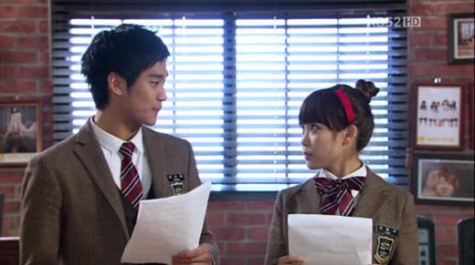 Kim Soo Hyun và IU trong phim Dream High (2011)