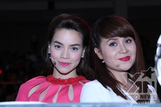 Chụp ảnh cùng nữ nhạc sĩ Lưu Thiên Hương - Tin sao Viet - Tin tuc sao Viet - Scandal sao Viet - Tin tuc cua Sao - Tin cua Sao