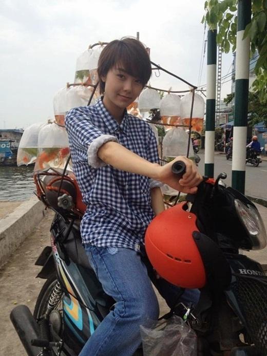 Minh Hằnghóa thân thành 'trai đẹp' Đông Dương trong bộ phimVừa đi vừa khóc - Tin sao Viet - Tin tuc sao Viet - Scandal sao Viet - Tin tuc cua Sao - Tin cua Sao