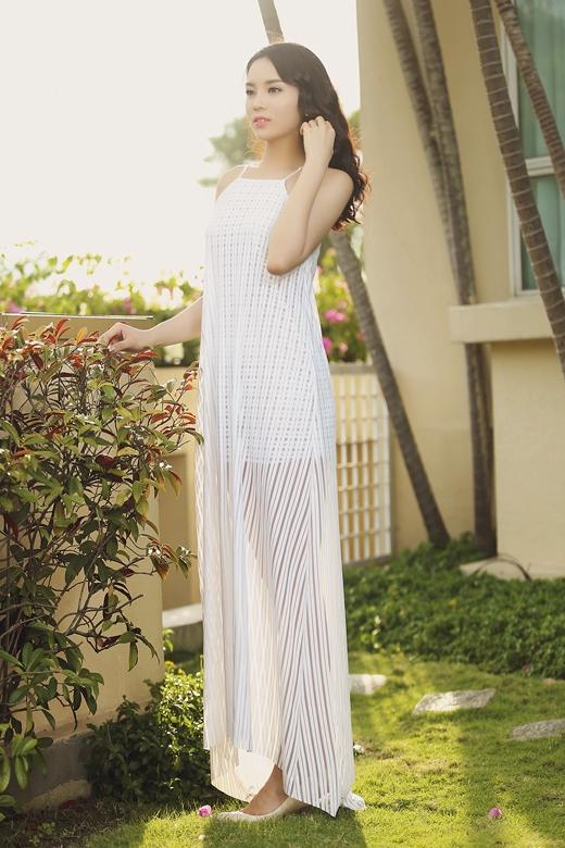 Hoa hậu Kỳ Duyên sở hữu đôi chân dài 'miên man' đáng mơ ước. - Tin sao Viet - Tin tuc sao Viet - Scandal sao Viet - Tin tuc cua Sao - Tin cua Sao