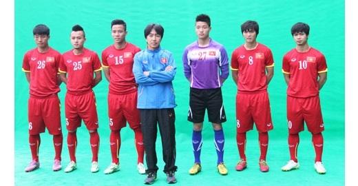 Dưới bàn tay của HLV Miura, Công Phượng và các đồng đội hòa nhập với nhau rất nhanh - Ảnh: Trí Công