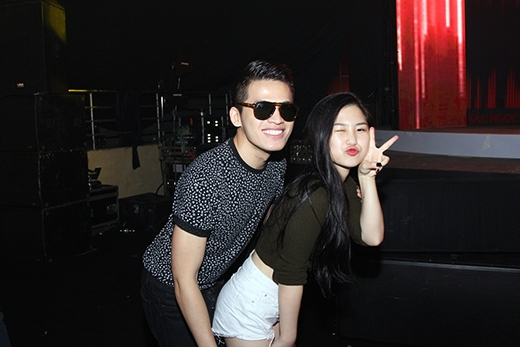 Quán quân Vietnam Idol và The Voice tạo dáng nhí nhố, thân thiết với nhau. - Tin sao Viet - Tin tuc sao Viet - Scandal sao Viet - Tin tuc cua Sao - Tin cua Sao