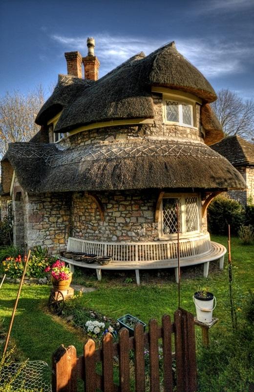 Ngôi nhà tranh ở vùng Blaise Hamlet, thành phố Bristol, Anh.