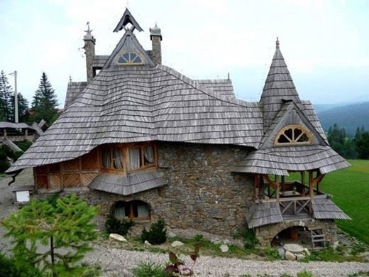 Căn nhà cổ kính bằng gỗ ở núi Tatra, Ba Lan.