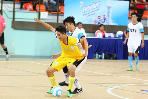 Niềm tự hào vì màu cờ sắc áo được các cầu thủ thể hiện hết mình trên sàn đấu.
