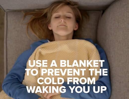 Sử dụng chăn làm ấm cơ thể.