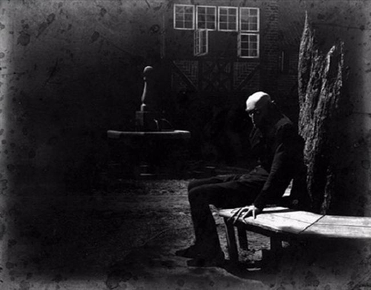 Max Schreck trong bộ phim câm 'Nosferatu: A Symphony of Horror'