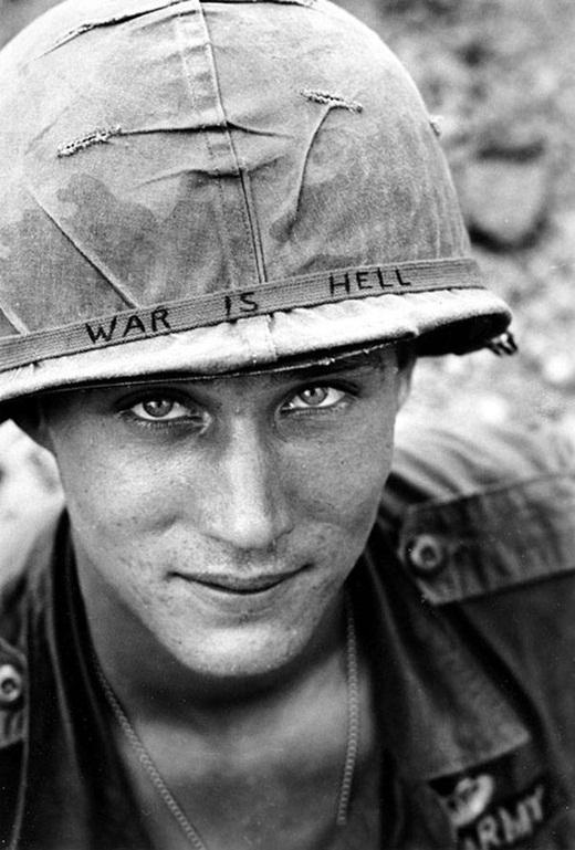 Một người lính nước ngoài vô danh trong chiến tranh Việt Nam vào năm 1965.