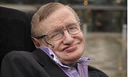 Hé lộ về cô con gái nuôi người Việt của nhà bác học Stephen Hawking