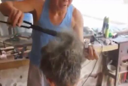 Máy kẹp tóc.