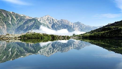 Nằm ở làng Nagano, hồ Happo là một trong những điểm trượt tuyết ưa thích nhất của dân địa phương cũng như du khách.