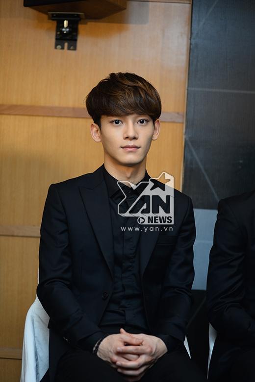 Chen sở hữu gương mặt rất nhỏ.