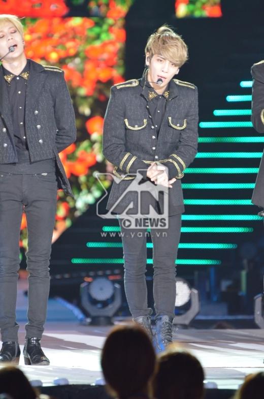 SHINee cũng là nhóm nhạc đã khép lại chương trình Music Bank in Ha Noi.
