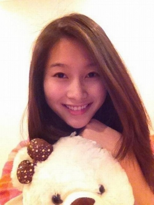 Hoa hậu Đặng Thu Thảo khi không trang điểm thực sự rất trẻ trung và xinh đẹp như một cô gái tuổi đôi mươi vậy. - Tin sao Viet - Tin tuc sao Viet - Scandal sao Viet - Tin tuc cua Sao - Tin cua Sao