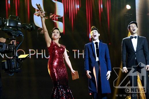 Noo Phước Thịnh giành giải Nam ca sĩ được yêu thích nhất. - Tin sao Viet - Tin tuc sao Viet - Scandal sao Viet - Tin tuc cua Sao - Tin cua Sao