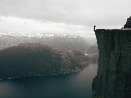 Thiên nhiên hùng vĩ và rộng lớn hiện ra qua một tấm ảnh được chụp bằng điện thoại