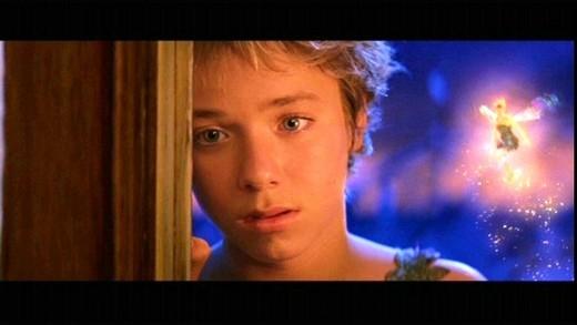 Jeremy Sumpter nổi tiếng với vai Peter Pan trong bộ phim cùng tên của đạo diễn P. J. Hogan khi chỉ mới 13 tuổi.