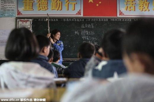 Sức khỏe của cô Zhu vẫn còn yếu nhưng mỗi ngày cô đều lên đứng lớp. Nhà trường khi biết bệnh tình của cô đã cho cô nghỉ có lương. Nhưng cô đã từ chối và vẫn đều đặn lên lớp giảng bài.