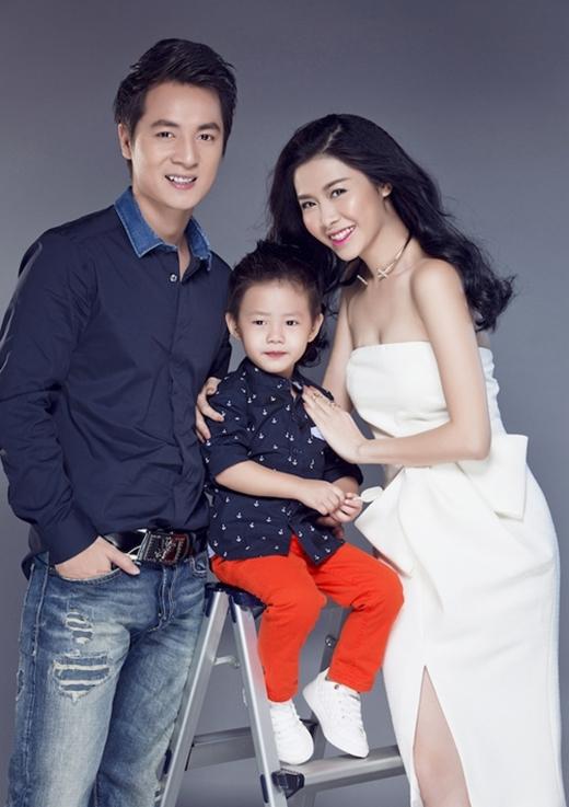 """Gia đình Đăng Khôi – Thủy Anh là một gia đình """"đẹp như mơ"""" của showbiz Việt khi ai cũng có ngoại hình rất long lanh. - Tin sao Viet - Tin tuc sao Viet - Scandal sao Viet - Tin tuc cua Sao - Tin cua Sao"""