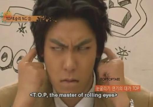 T.O.P đang trình diễn khả năng xoay mắt của mình và có fan nào nhận ra đây chính là chàng rapper lạnh lùng của Big Bang?