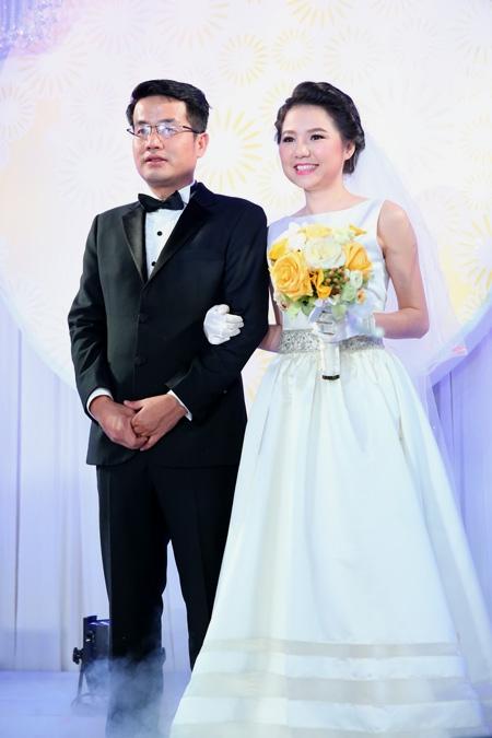 Ngô Quỳnh Anh trong đám cưới đầu năm 2014. - Tin sao Viet - Tin tuc sao Viet - Scandal sao Viet - Tin tuc cua Sao - Tin cua Sao