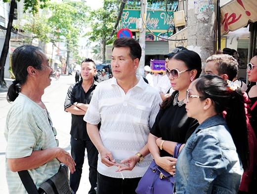 Các nghệ sĩ chia sẻ với nhau kỷ niệm về Đăng Lưu. - Tin sao Viet - Tin tuc sao Viet - Scandal sao Viet - Tin tuc cua Sao - Tin cua Sao