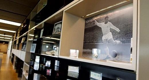 Phòng trưng bày các danh hiệu và kỷ vật của Real.