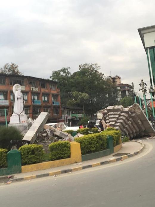 Cảnh tượng hoan tàn sau khi trận động đất xảy ra