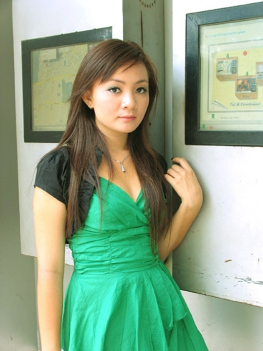 Lần quay trở về nước vào năm 2009, Xuân Mai khiến nhiều người ngỡ ngàng với sự thay đổi của mình. Trong đó, một số còn nhận xét trông cô 'già' hơn so với tuổi. - Tin sao Viet - Tin tuc sao Viet - Scandal sao Viet - Tin tuc cua Sao - Tin cua Sao