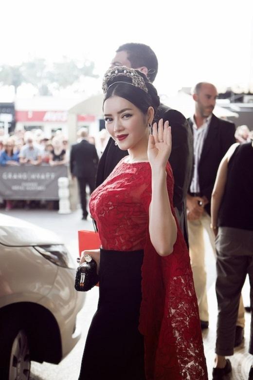 Diện trang phục tinh tế cùng vương miện,Lý Nhã Kỳkiêu sa như một nàng công chúa trên thảm đỏ Cannes. - Tin sao Viet - Tin tuc sao Viet - Scandal sao Viet - Tin tuc cua Sao - Tin cua Sao