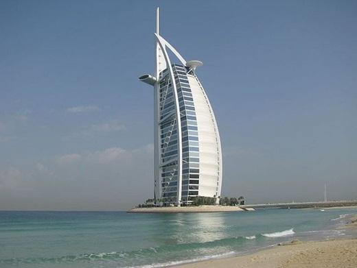 Burj Al Arab, khách san 7 sao đầu tiên trênthế giới.