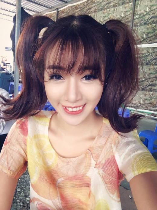 Cô nàng Hot girlHà Min bất ngờ đăng tải bức ảnh buộc tóc hai bên khiến cho nhiều người ngạc nhiên và thích thú. Có vẻ như cô nàng đang muốn 'hồi teen'.