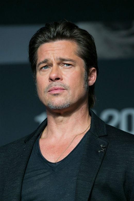 Hiện nay dù đã độ tuổi hơn 50 nhưng Brad Pitt vẫn giữ được phong độ và đẳng cấp của mình, vẻ ngoài của anh vẫn rất thu hút và quyến rũ tuy nhiên những nét thời gian cũng đã lần lượt xuất hiện trên gương mặt.