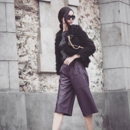 Phong cách ăn mặc của Thùy Dung cũng được chú ý ngày một nhiều hơn. - Tin sao Viet - Tin tuc sao Viet - Scandal sao Viet - Tin tuc cua Sao - Tin cua Sao