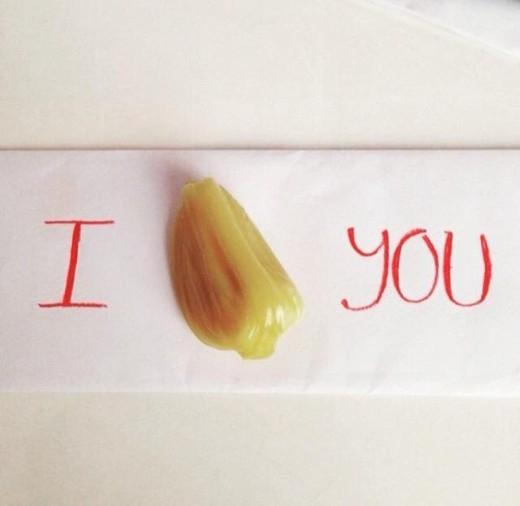 Mít-tờ Mít siêu ngoại ngữ: 'I mít (miss) you'