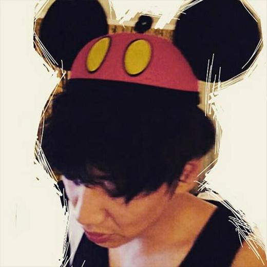 Lee Kwang Soo bất ngờ hóa thân thành chuột Mickey