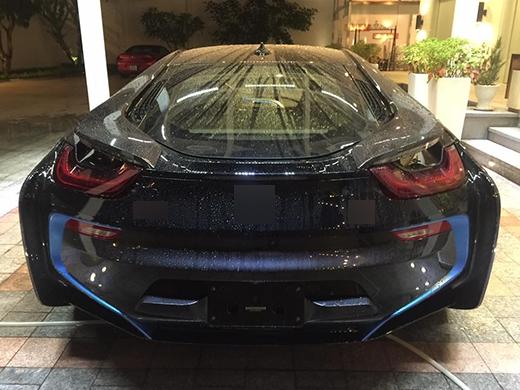 Cận cảnh chiếc BMW có giá 8 tỷ đồng mới tậu của hôn phu Mi Du. - Tin sao Viet - Tin tuc sao Viet - Scandal sao Viet - Tin tuc cua Sao - Tin cua Sao