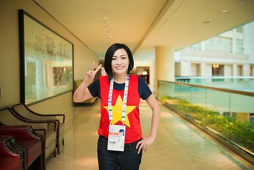 Nữ ca sĩ Phương Thanh cũng là một trong các đại sứ SEA Games sang Singapore lần này. - Tin sao Viet - Tin tuc sao Viet - Scandal sao Viet - Tin tuc cua Sao - Tin cua Sao