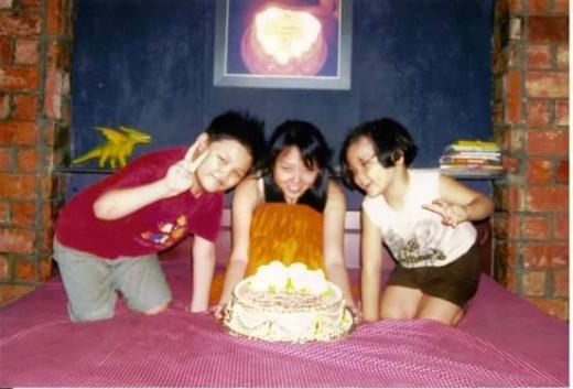 Ba chị em sinh gần ngày nhau nên thường tổ chức sinh nhật chung. - Tin sao Viet - Tin tuc sao Viet - Scandal sao Viet - Tin tuc cua Sao - Tin cua Sao