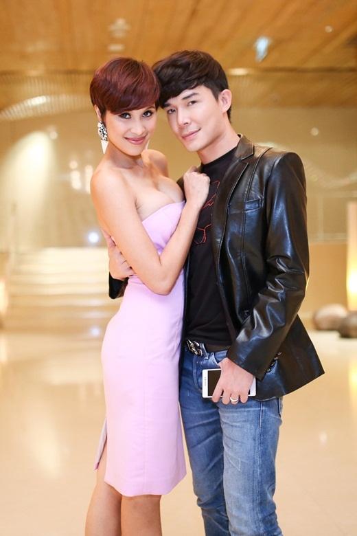 Phương Mai e ấp bên cạnh Nathan Lee - Tin sao Viet - Tin tuc sao Viet - Scandal sao Viet - Tin tuc cua Sao - Tin cua Sao