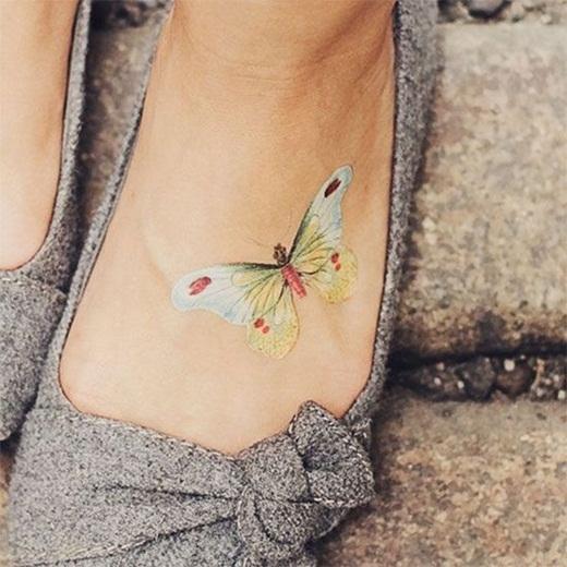 100 mẫu hình xăm đẹp ở mu bàn chân khiến bạn không thể rời mắt
