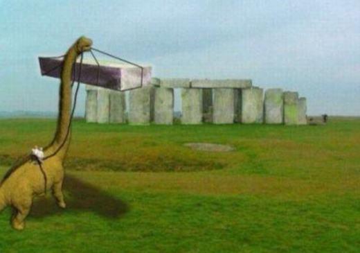 Bạn thắc mắc rằng người ngoài hành tinh đã xây dựng nên kì quan đá này? Bạn nhầm rồi, khủng long xây đấy!