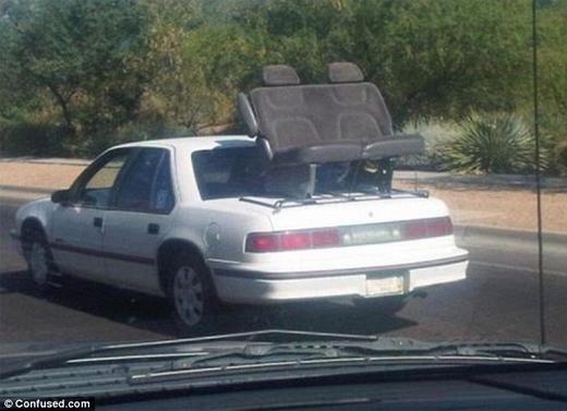 Có ai dám can đảm đi dạo bằng cách ngồi lên ghế của chiếc xe này không?